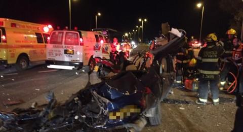 قتيلان وعدد من المصابين بحادث مروّع بالنقب قرب كريات غات