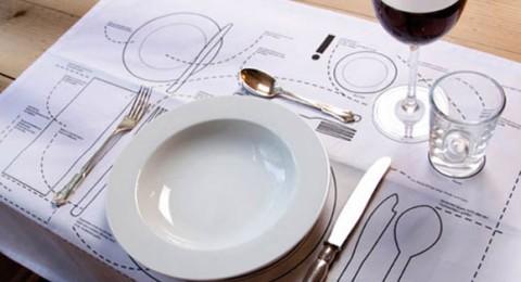 6 خطوات سريعة لترتيب مائدة الطعام