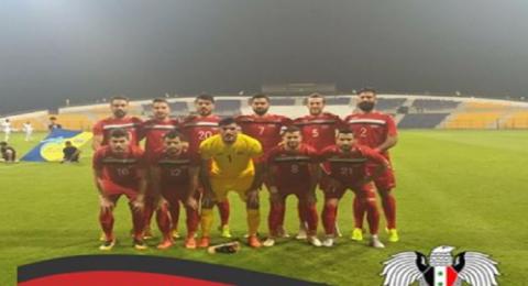 المنتخب السوري لكرة القدم بقمصان تحمل علامة تجارية تركية