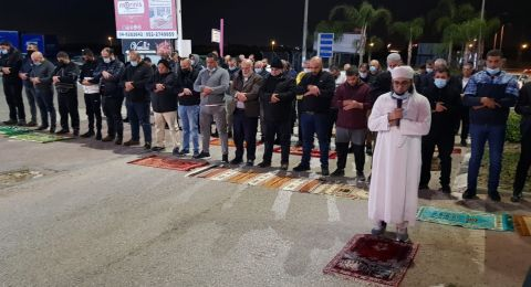 باقة الغربيّة: اداء صلاة الغائب على روح القتيل حجازي