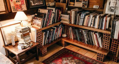 أفكار عمل زاوية خاصة للقراءة في المنزل