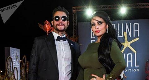 أحمد الفيشاوي يكشف حقيقة طلاقه لزوجته.. ماذا قال؟