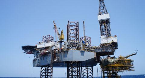 النفط يبلغ