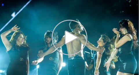 رقص عار الصدر على المسرح... فاشتعلت انذاراً في النقابة