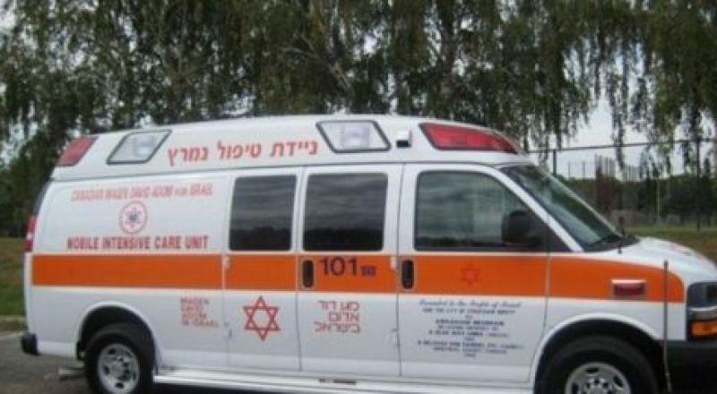 إصابة 19 مواطنا بحادث مع حافلة للمستوطنين جنوب نابلس