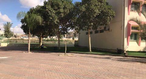 اصابة معلمة من عرعرة النقب بالكورونا وإدخال عدد من الزملاء والطلاب إلى حجر صحي