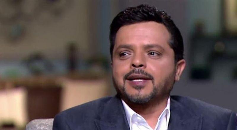محمد هنيدي يصدم جمهوره.. لماذا تغيب عن جنازة حسن حسني؟