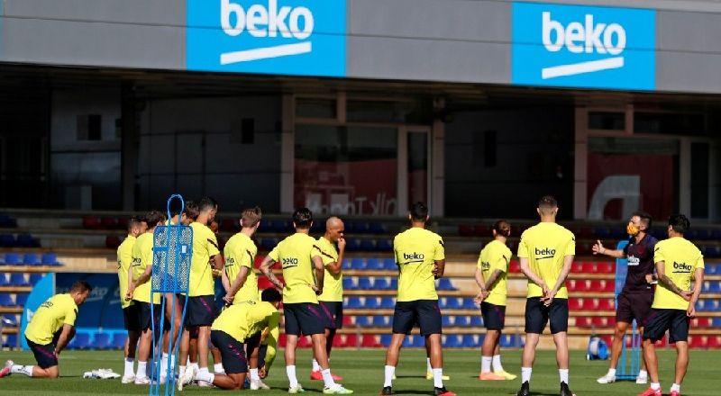 رسميا.. برشلونة يعلن عن إصابة ميسي Bb48ebb0c24-dc3d-4a01-b685-b3df176d6160